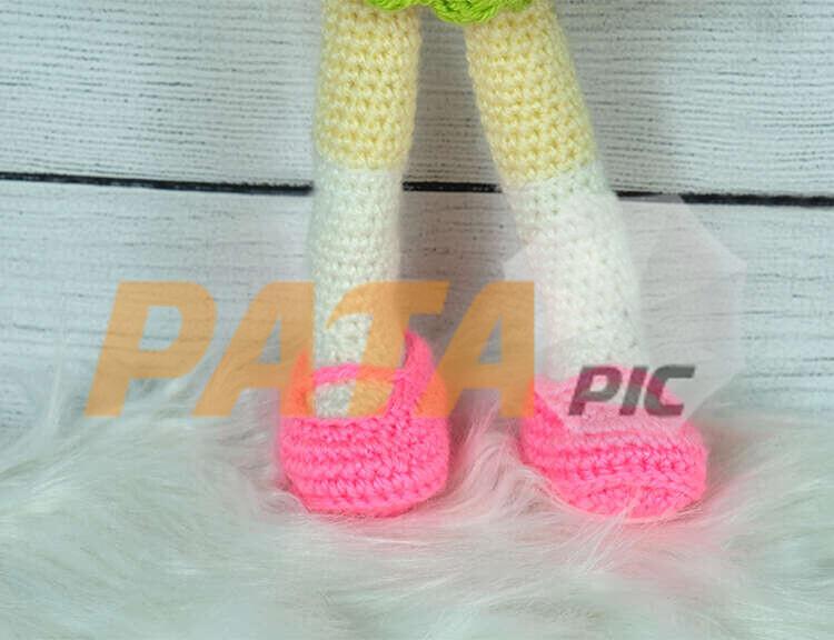 CROCHETSOCKSDOLLSwww.patapic.com